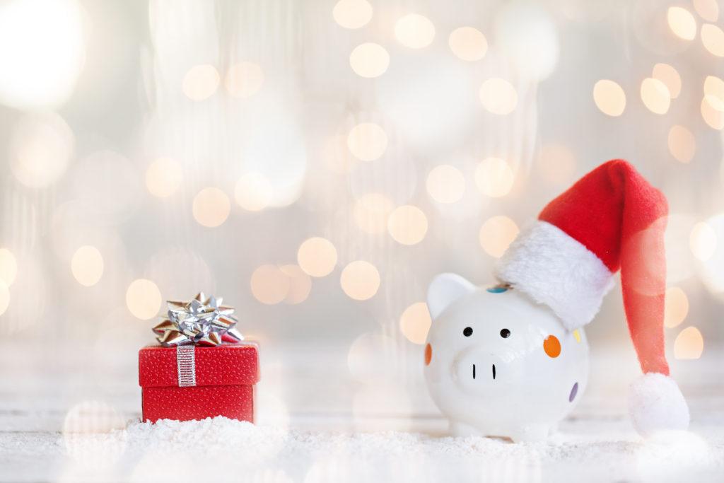 Festive-season-shopping-clicks-momentum-multiply-multiply-cashbacks